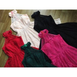 Short lace dress 107