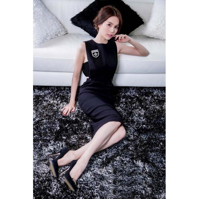 Stylish black dress Ngoc Trinh