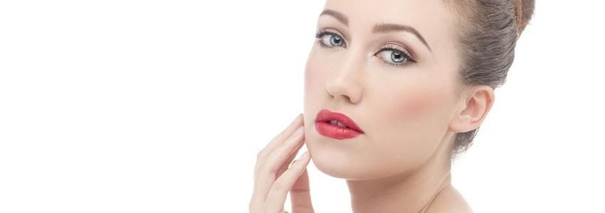 Notre maquillage pour le visage | Violet Fashion Shop
